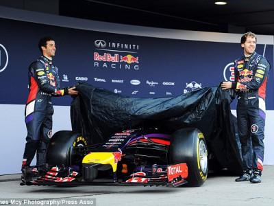 RB10 . Red Bull представила миру новый болид