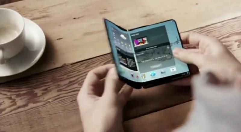 «Первый в мире гибкий планшет» разрабатывает Samsung
