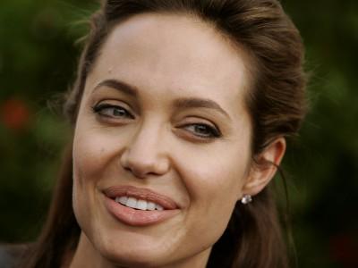 Ради детей Анджелина Джоли научилась готовить