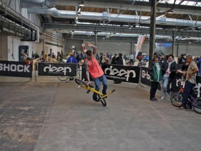 Фото с выставки велосипедов в Берлине