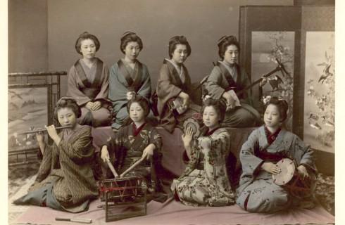 Японцы перестают слушать музыку