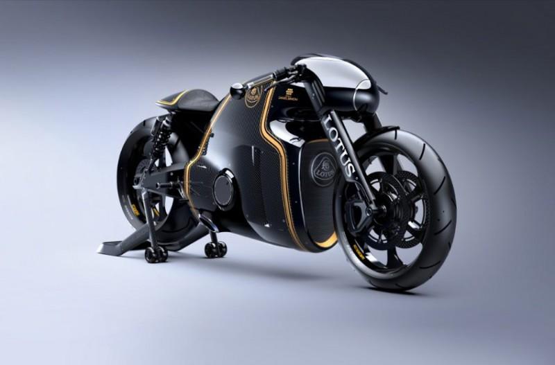 Caterham и Lotus — два разных, но доступных мотоцикла