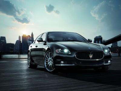 Автомобили чиновников: Maserati