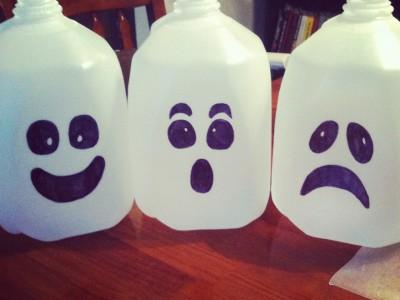 Пластиковые упаковки для молока