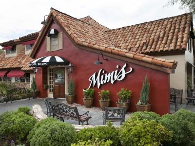 История в ресторане Mimi's Café в Викторвилле