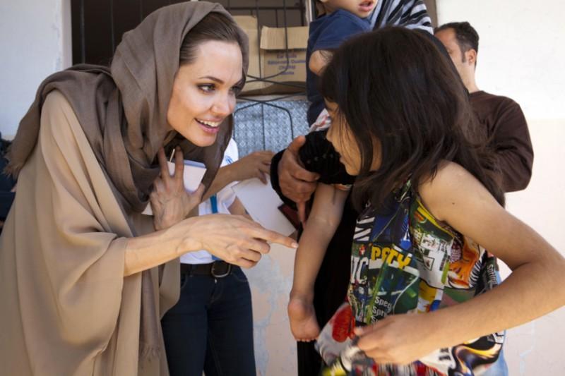 Анджелина Джоли: «Ливан может не выдержать наплыва беженцев»