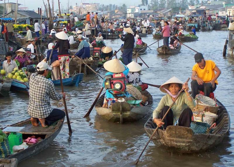 Жизнь водного лабиринта в дельте реки Меконг