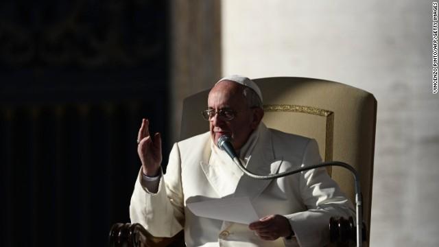 Папа Франциск: Церковь может поддержать гражданские союзы