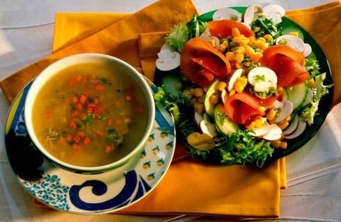 Как пережить голодный пост и не съесть близких