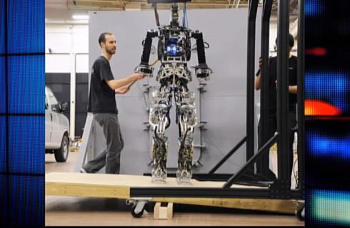Роботы спасут США