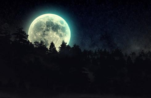 Луна станет крашеной блондинкой