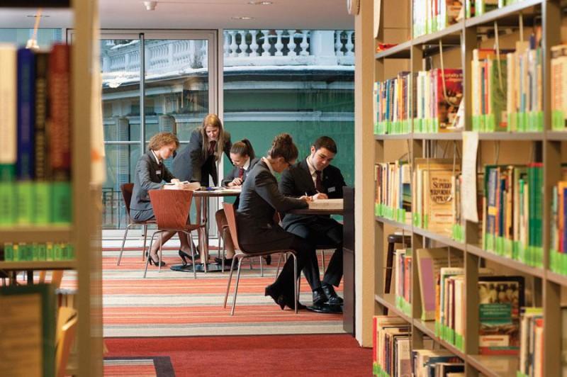 Высшее образование за рубежом: особенности обучения в Швейцарии