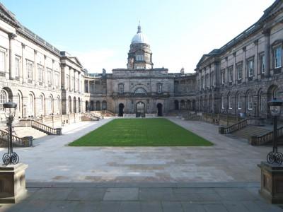 Борьба с загрязнениями окружающей среды в университетах Шотландии