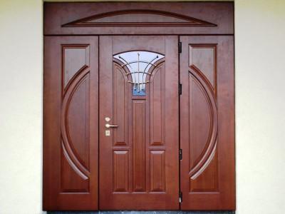 Выбираем входные двери