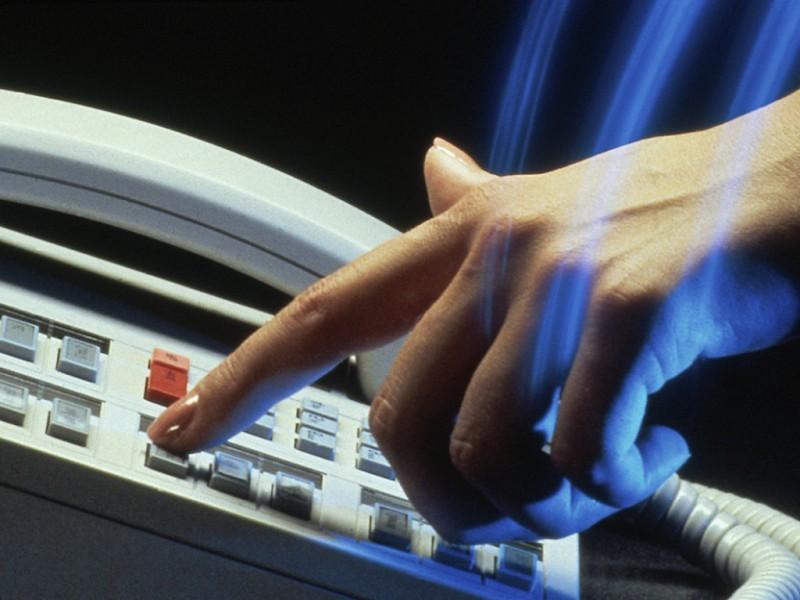 Обслуживание горячих телефонных линий: какие задачи необходимо решить