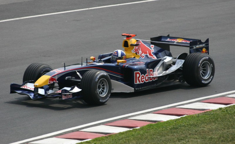 """Доминирование Mercedes в """"Формуле-1"""" может привести к плохим результатам"""