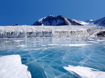Таяние льда в Антарктиде