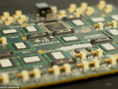 Компьютер имитирует мозг: печатная плата Neurogrid