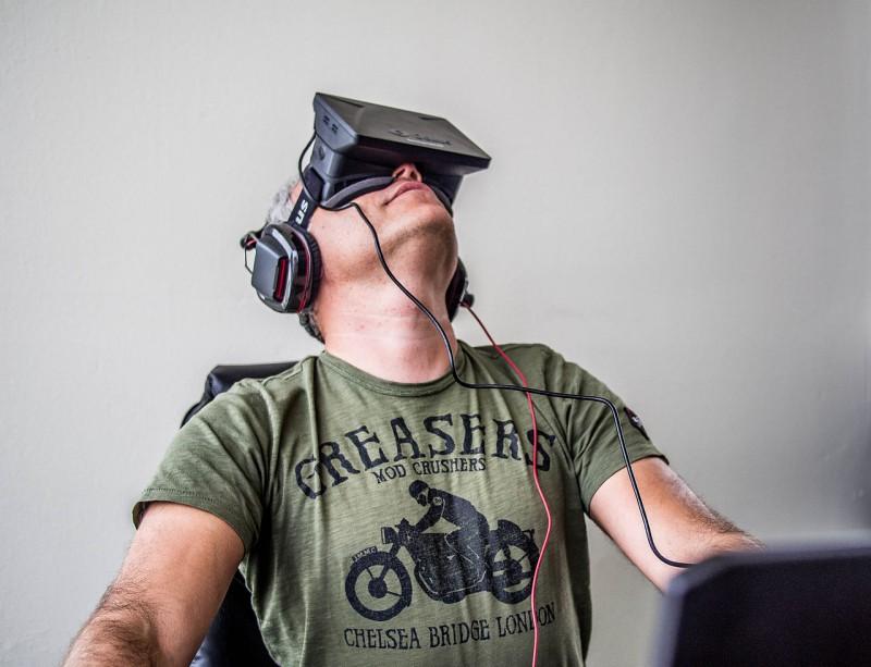 Человека можно перенести в виртуальную реальность