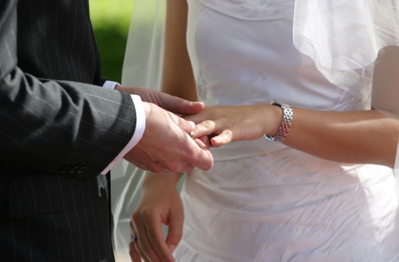 В Лондоне показали эволюцию свадебного платья