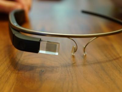 Стоимость Google Glass достаточна высока