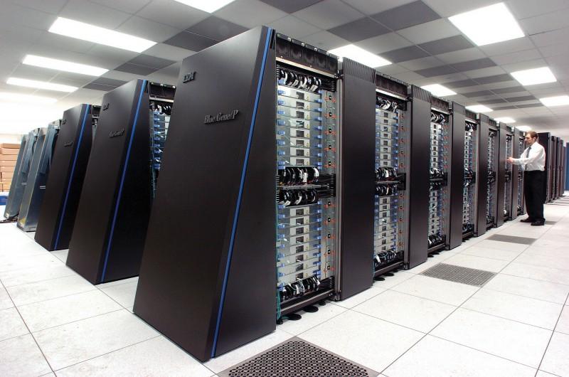 Нечем заняться? Построй суперкомпьютер дома!