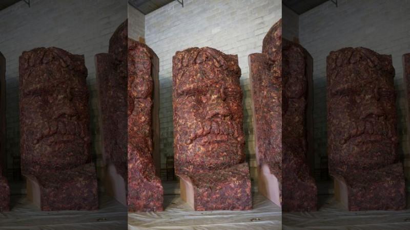 Президентов слепили из мяса