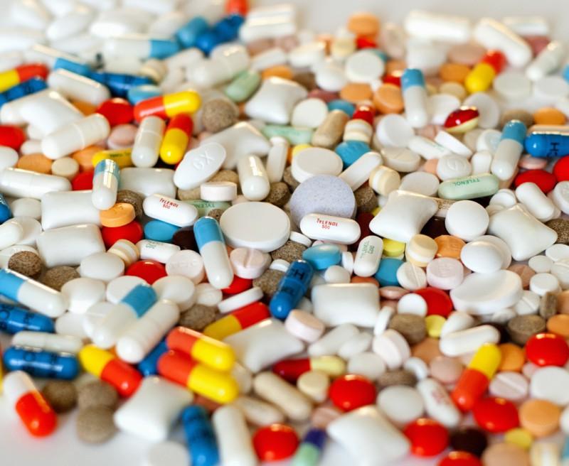 Лекарства, которые нужно взять с собой в отпуск