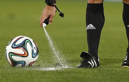 Исчезающий спрей: революция в мире футбола
