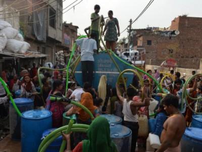 Водные банкоматы в Индии решают проблему с водой