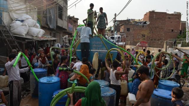 Помогут ли водные банкоматы утолить жажду в Индии?