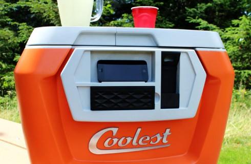 Холодильник, который способен и еду сохранить, и песню спеть