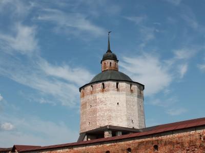 Башня Кирилло-Белозерского монастыря