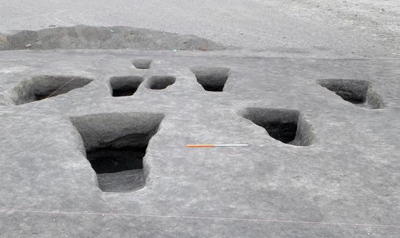 Интригующая находка сделана на кладбище