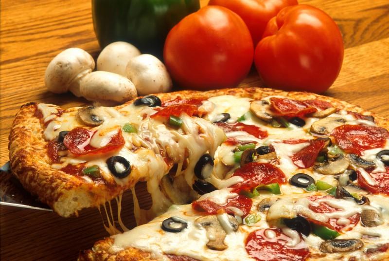 Ночь — не причина того, чтобы отказывать себе в пицце