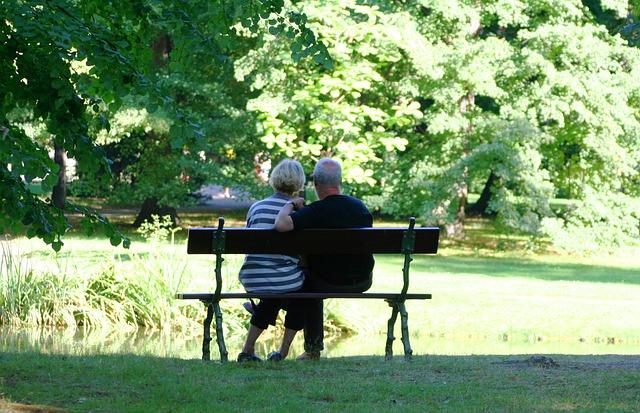Дом престарелых: особенности выбора