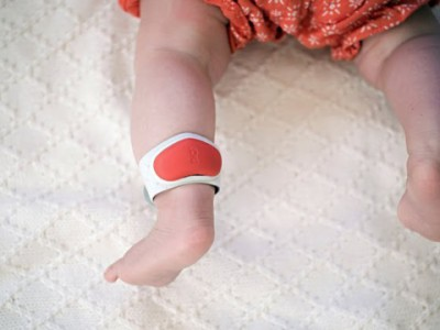 Sproutling браслет для детей