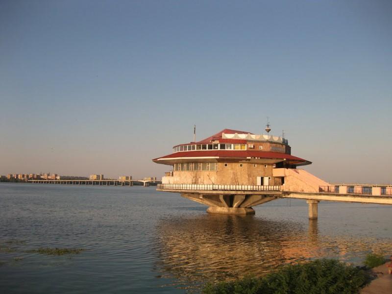 Удивительные рестораны на воде
