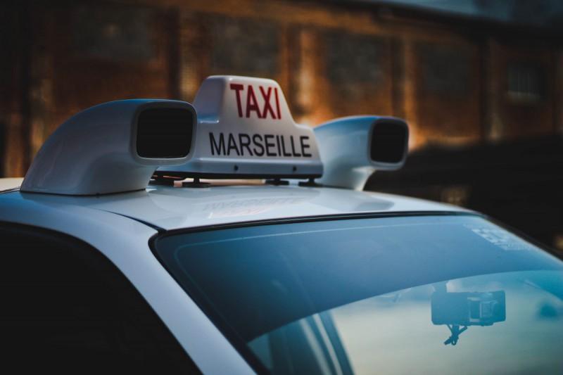 Пользуясь такси стать счастливым в мегаполисе проще