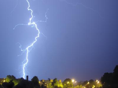 Беспроводная зарядка,как метод передачи электричества без проводов