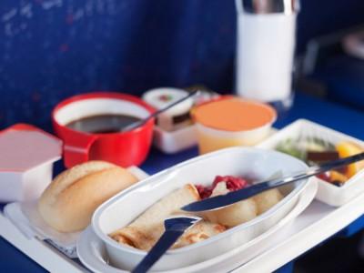 Еда из самолета