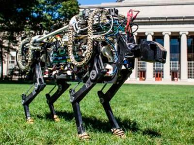 Превзошел человека по скорости робот из США