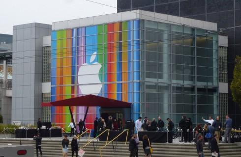 Мир увидел iPhone 6 и Apple Watch