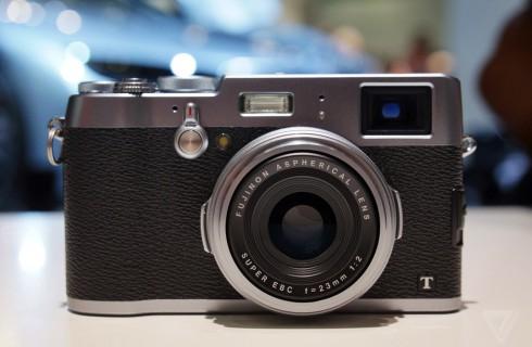 Два видоискателя в фотоаппарате лучше, чем один
