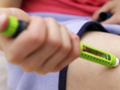 Для лечения диабета: инъекция инсулина