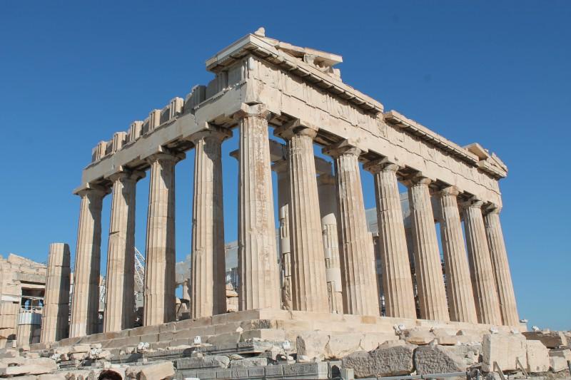 Греческий Акрополь в опасности