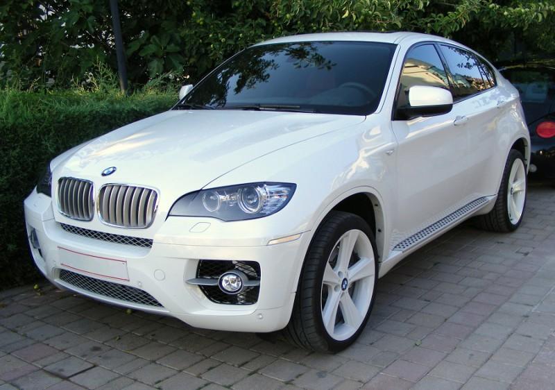 BMW X6 — полноприводный кроссовер Е-класса