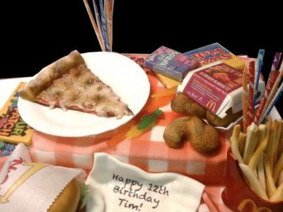 Необычный торт от Дебби Гоард