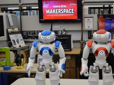 Библиотечные роботы Винсент и Нэнси