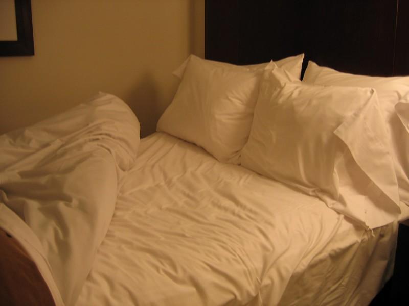 Чем так хороши постели в отелях?